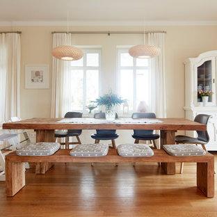 Landhausstil esszimmer mit braunem holzboden ideen design bilder houzz - Esszimmer bremen ...