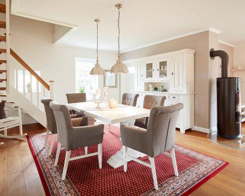Landhausstil Esszimmer mit weißer Wandfarbe Ideen, Design & Bilder ...