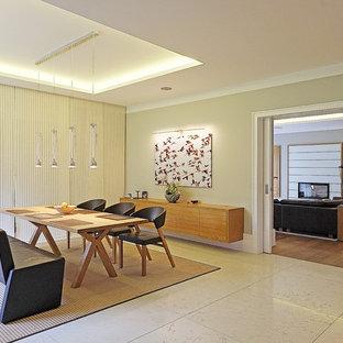 Foto de comedor contemporáneo, grande, abierto, con paredes beige, suelo de mármol y suelo beige