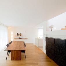 Contemporary Dining Room by Ferreira | Verfürth Architekten