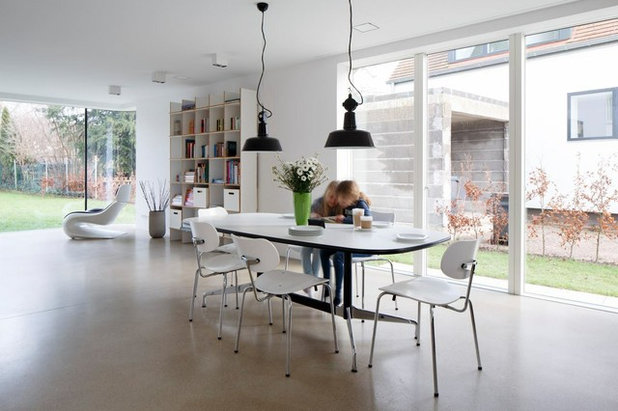 Contemporáneo Comedor by falke architekten
