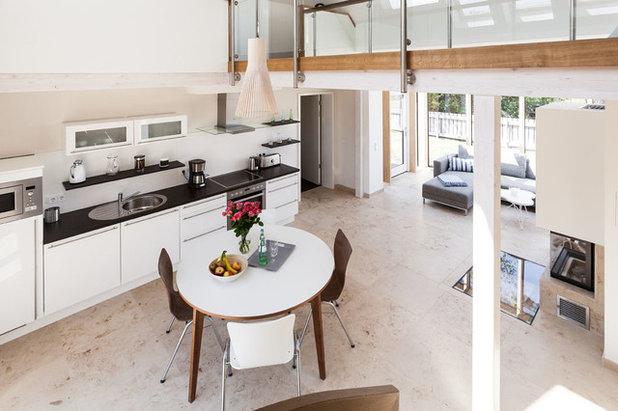Modern Esszimmer by Green Living