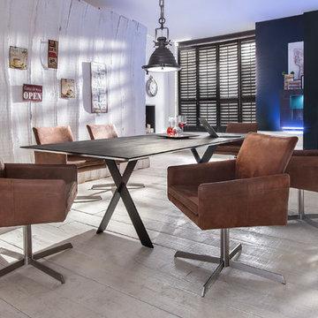 Hochwertige Esstisch-Gruppe mit Keramiktisch und gemütlichen Sesseln