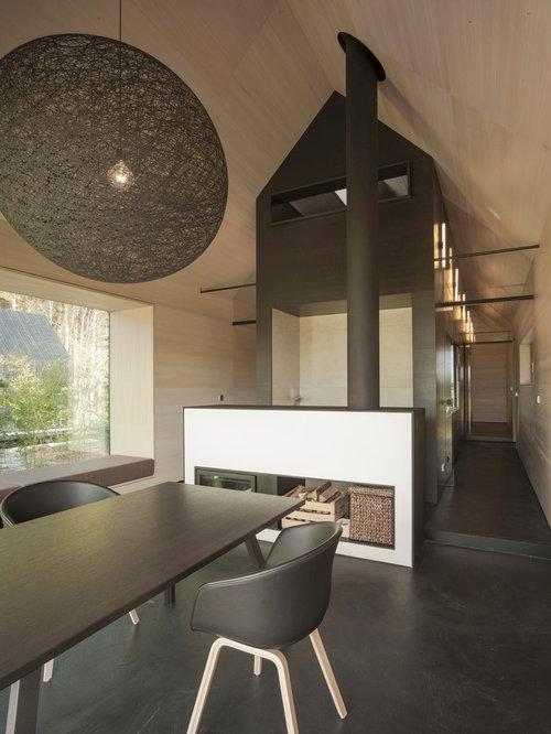 Einrichtungsidee Für Offene, Große Moderne Esszimmer Mit Kamin, Verputztem  Kaminsims Und Beiger Wandfarbe In