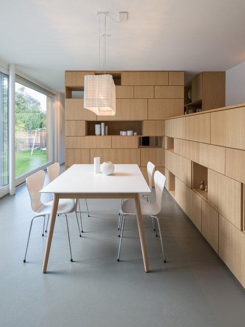 Offenes, Mittelgroßes Modernes Esszimmer Mit Weißer Wandfarbe Und Linoleum  In Sonstige