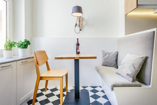 Contemporary Dining Room by raumdeuter