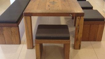 Massivholztisch mit Zinnausgießung