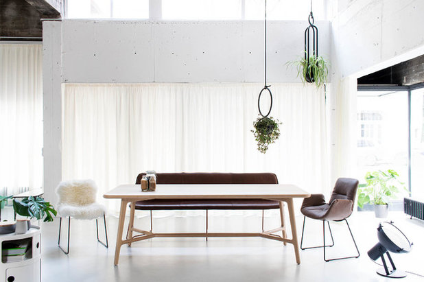 Contemporary Dining Room by MBzwo