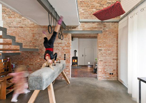 Industrial Comedor by .rott .schirmer .partner Architektur