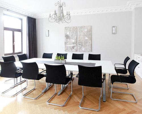 Geschlossene Esszimmer mit grauer Wandfarbe Ideen, Design & Bilder ...