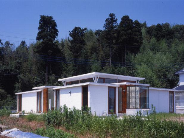 モダン 家の外観 by AIRアーキテクツ建築事務所