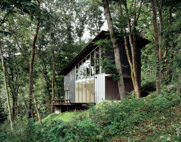 Modern Exterior by YOSHINORI SAKANO ARCHITECTS Co,.Ltd.
