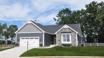 1 exterior Cottage Pointe Condominiums