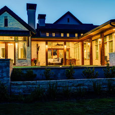 Traditional Exterior by Robert Stephen Homes, Ltd.
