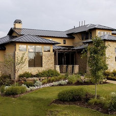 Contemporary Exterior by Canyon Creek Homes, LP