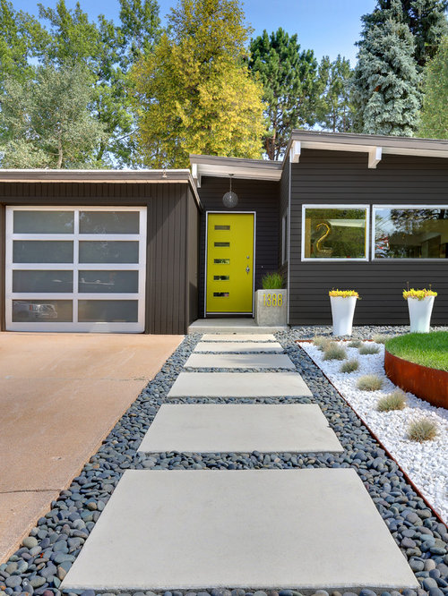 Midcentury exterior design ideas remodels photos for Mid century modern exterior house colors