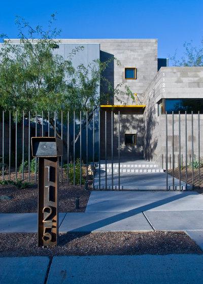 Contemporary Exterior by repp + mclain design and construction