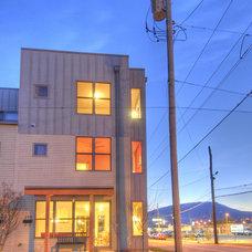 Modern Exterior by Hefferlin & Kronenberg Architects