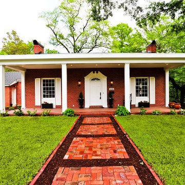 1930's Traditional turns Contemporary Home