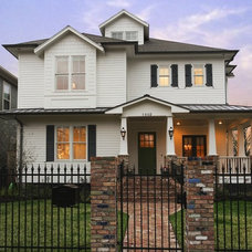 Traditional Exterior by Ridgewater Homes Inc