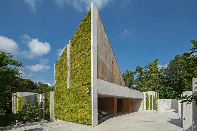 Contemporary Facade by Metaphor Design + Architecture Pte. Ltd.