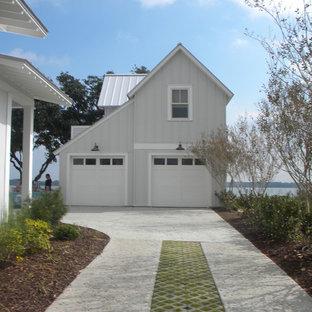 チャールストンのトランジショナルスタイルのおしゃれな家の外観の写真