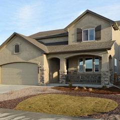 Classic homes colorado springs co us 80919 for Capstone exterior design firm