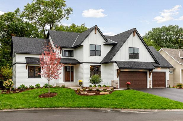 Transitional Exterior by Zawadski Homes Inc.