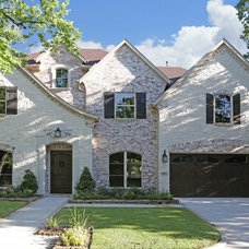 Traditional Exterior by Silvan Homes