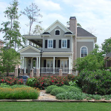 Traditional Exterior by DvL Custom Concepts