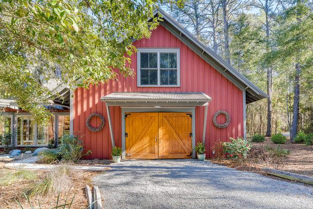 Farmhouse Exterior by Spring Island