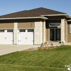 3920 Sq Ft Walk Out Bungalow Sold