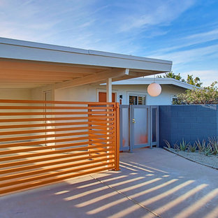 3 Palms - Covered & Gated Carport