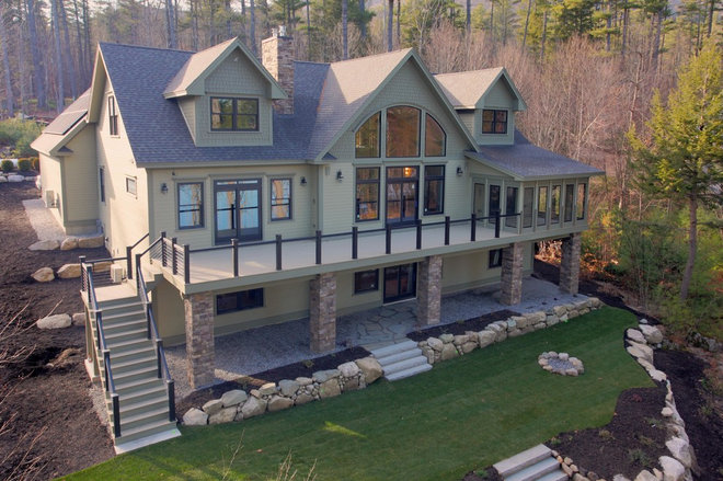 Traditional Exterior by Main Eco Homes