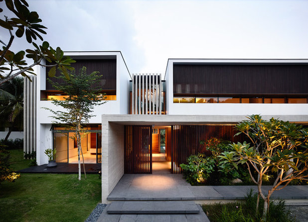 Contemporary Exterior by ONG&ONG