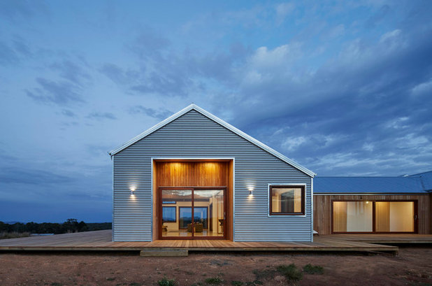 Country Exterior by Glow Design Group