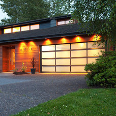 Contemporary Exterior by Vanillawood