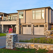 Transitional Exterior by DESIGN GUILD HOMES
