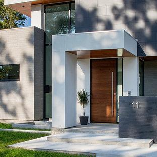 Modern exterior home idea in Houston