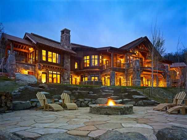 Traditional Exterior by Jordan Design Studio, Ltd.