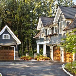 Idee per la facciata di una casa blu classica