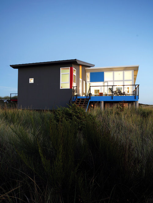 Modern beach house design houzz for Modern beach house designs