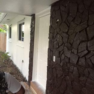 A Suarez exterior painting