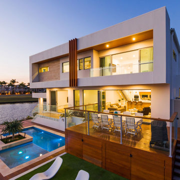 Absolute Resort style living in Hope Island