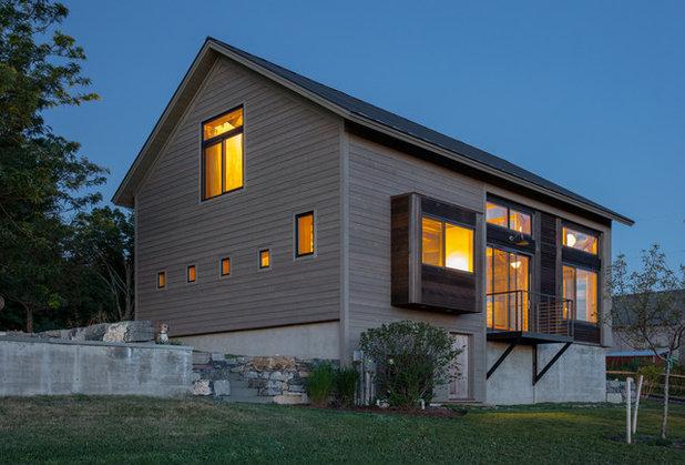 Farmhouse Exterior by Silver Maple Construction LLC
