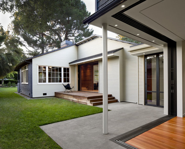 Contemporary Exterior by Cathy Schwabe Architecture