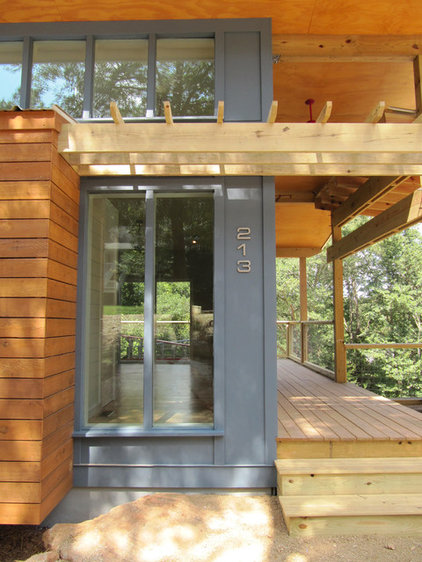 Modern Exterior by Bork Design, Inc.
