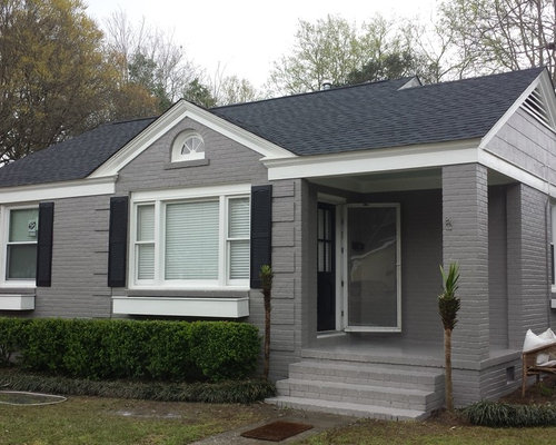 Dovetail exterior houzz for Sherwin williams dovetail gray exterior