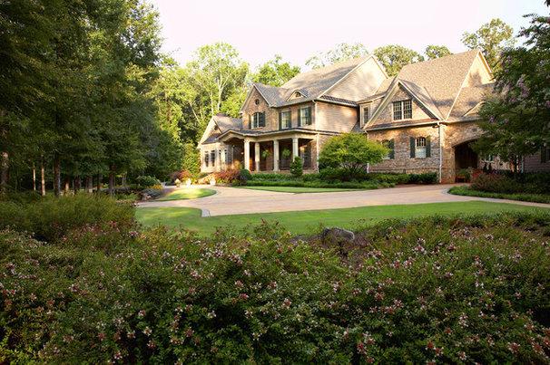 Traditional Exterior by Aikin & Associates, Inc.