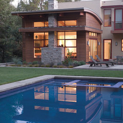 modern exterior by Banducci Associates Architects, Inc.